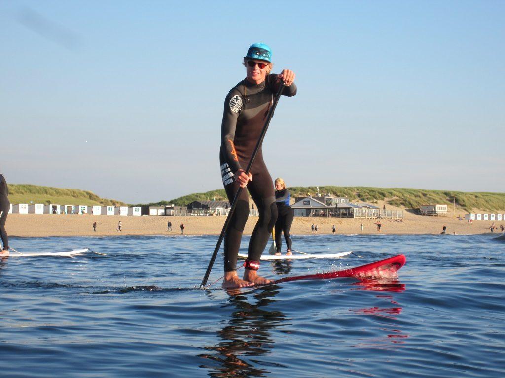 SUP (Stand Up Paddeling) bij Zandbank Texel voor bedrijfsuitje groepsuitje en schoolreis, actief op Texel, Teambuilding op Texel